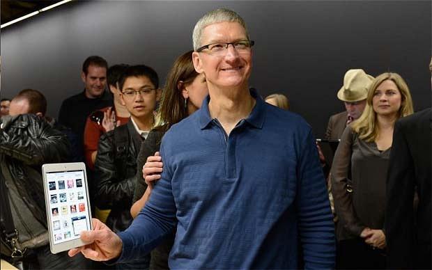 Tim Cook afirma ca Apple este singura companie de pe piata tabletelor care raporteaza vanzarile