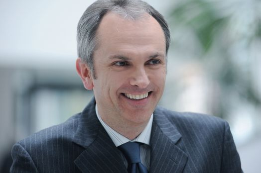 Luca Maestri, viitorul director economic al Apple
