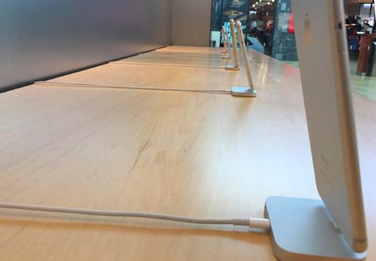 iphone-fara-cablu-securitate