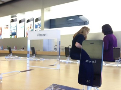 iPhone-5-in-Apple-Store-1024x768